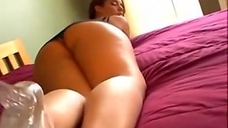 Brazilian sweetheart trying dark pecker