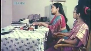 Deep penetration is the best way for Indian couple to cum together