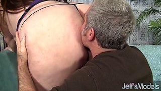 fat ass jayden heart takes fat cock
