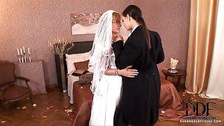 Hot Lesbian Wedding Night