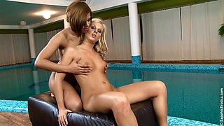 Yummy Cipriana And Rebecca Give Each Other A Hot Massage