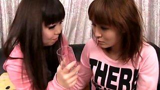Makino Eri, Aine Miku, Kusakari Momo, Umita Saki in Piss Drinking Lesbian Love Drama