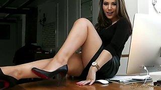 secretary feet
