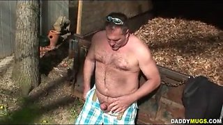 Old man daddy fat male wank in the countryside