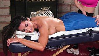 MILF massage story