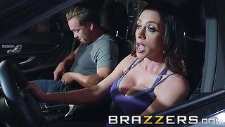 Brazzers - Mommy Got Boobs - Ariella Ferrera Kyle Mason - Driving Mommy Wild
