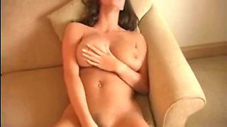 BIG TITS WOMEN MASTURBATE WITH VIBRATOR