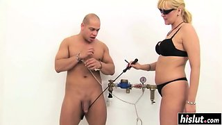 Experienced mistress pleasures her submissive slave