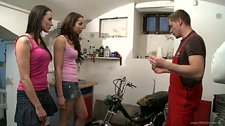 Yummy Ferrara Gomez And Mia Melone Have A Foursome With Two Mechanic Men