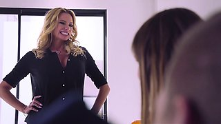 Brazzers - Moms in control -  The Loophole sc