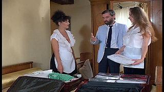 Petites Culottes Chaudes Et Mouillees (HD)
