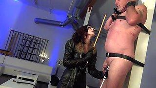 mistress ct dn whiping femdom