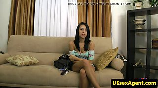 amateur casting babe doggystyled by midget