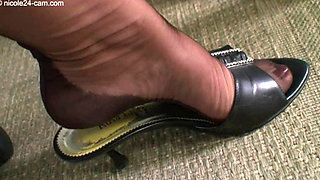 Nicole The Nylon Feet Queen1037 310