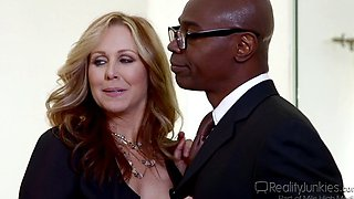 Julia Ann   2014 08   Reality Junkies   Moms Cuckold 15   W  Sean Michaels   540p