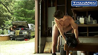 charly diaz and will parker in the toolbox TITANMEN
