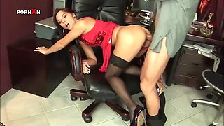 ana sex and fisting for a horny secretary from her boss