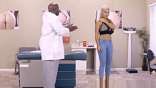 Brazzers - Doctor Adventures - The Butt Docto