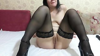 dildo in ass and pissing