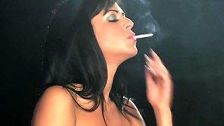 Smoking  mirror makeup