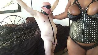 Mistress Charlize giant ebony femdom