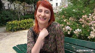 Rhia 32 Florist By Day French
