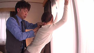 Japanese housewife cheats with another man and loves his dick
