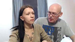family cam show F & D