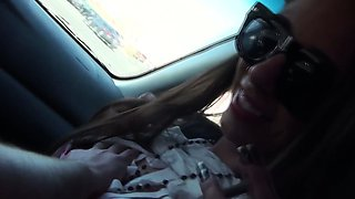 Real exhibitionist amateurs flashing on highway