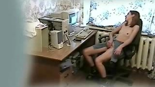 Mi kinky gf fingering at computer