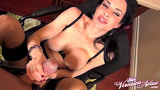 Fake tits Veronica in stockings giving dick blowjob in pov