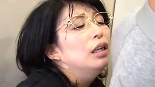Exotic Japanese whore Yukari Orihara in Amazing Secretary, Blowjob/Fera JAV scene