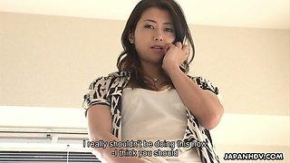 Sexy and perfect hottie from Japan Maki Hojo enjoys morning masturbation