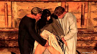 Lilly Ramon gets double penetrated in MMF threesome scene