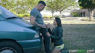 hot latina hitchhiker deepthroats a stiff prick