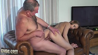 Teen Girl Fucks Old Real Estate Agent For A Lower Price
