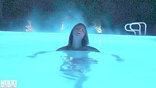 nikki sims night vision enhanced skinny dip