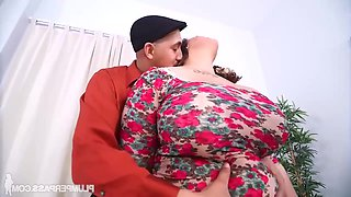 Chevy Cobain - Thick Chick Massage