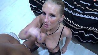 Multipler Reit-Orgasmus mit XXL Sperma Ladung