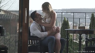 Nice natural Russian GF Danielle Soul is happy to enjoy daily analfuck