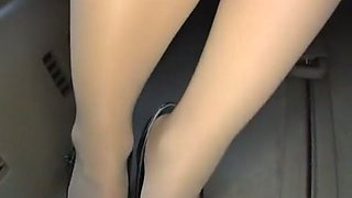 Hottest Japanese slut Shiori Ayase in Incredible Handjobs, Secretary JAV clip