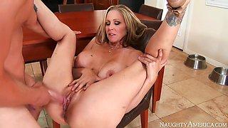 Julia Ann & Van Wylde in My Friends Hot Mom