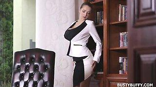 Lucie wilde nasty secretary