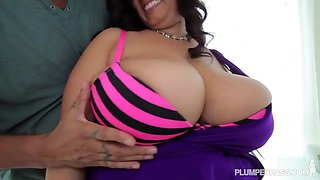 BBW Latina sucks dick and get's fucked