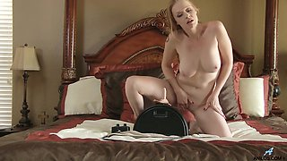 Blonde slut Indica Greenly opens her legs to ride a fuck machine