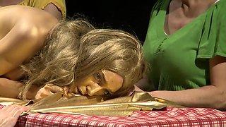 Naked on Stage-131-Naked Shock Gold-Jessica Kammerer Nak1stage-131