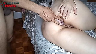 playing with the pussy to take in the ass, anally
