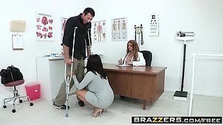 Brazzers - Doctor Adventures - Amy Brooke Jordan Ash - I Can Walk