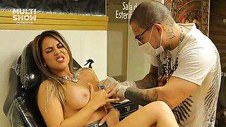 Gil jung secreto tatuagem e piercing