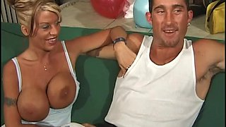 Succulent Cougar Goes Hardcore With A Horny Fellow